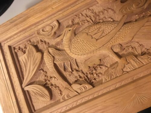 VINTAGE FINELY CARVED ANGLO INDIAN SANDALWOOD BOX W/ EXOTIC BIRD ESTATE FIND