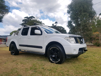 2011 NISSAN NAVARA D40 ST TURBO DIESEL 4X4 AUTO LOW KS ONLY DONE
