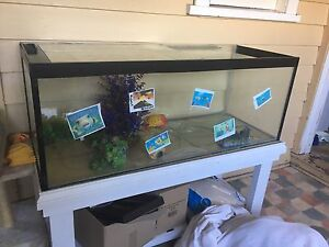 X2 4 Foot Fish tanks for sale Preston Darebin Area Preview