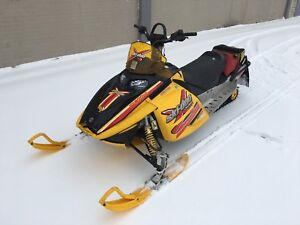 Mint Condition 2004 Renegade 800 X-Package
