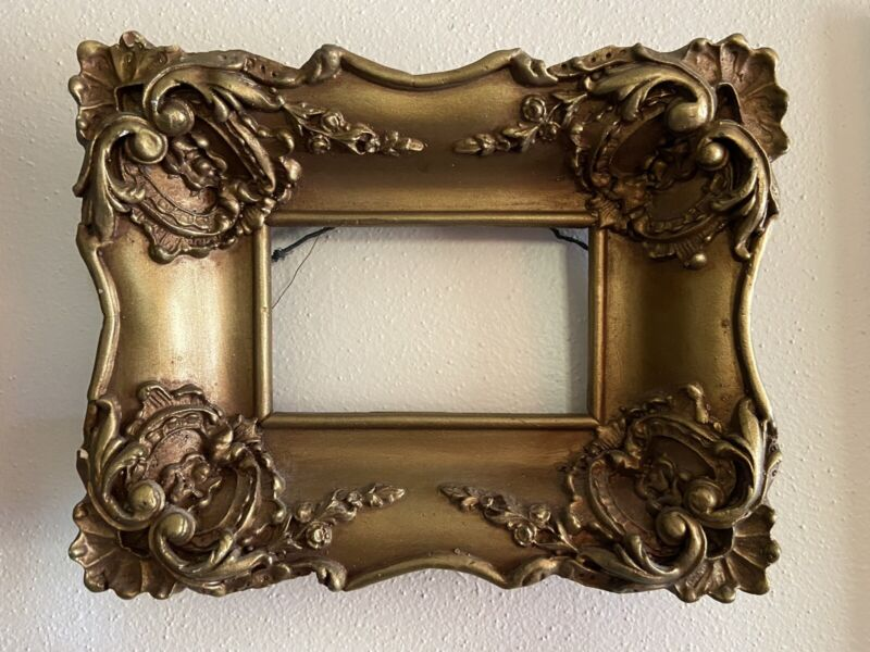 Vintage Ornate Gold Picture Frame For 3x5 Photo Plaster Victorian
