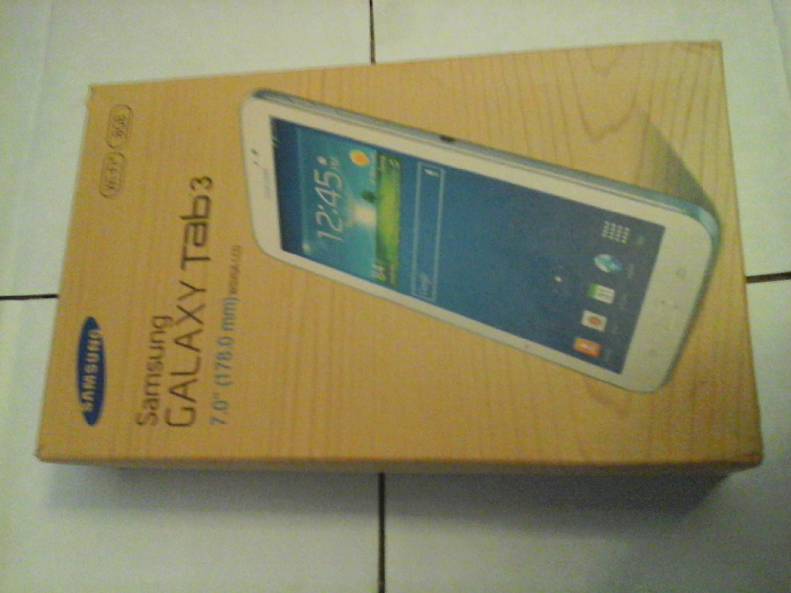 Samsung Galaxy Tab 3 SM-T210 8GB, Wi-Fi, 7in - White Used