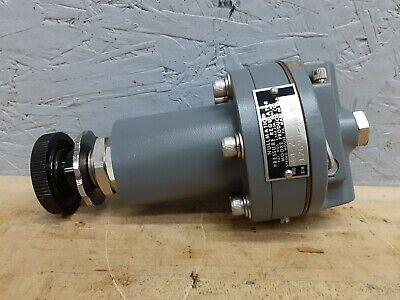 44-20 Nullmatic Sub-atmosphere Vacuum Pressure Regulator 35 Psi Max Used