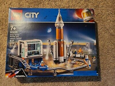 Lego City Deep Space Rocket and Launch Control Building Toy Set 837pcs 60228 NEW