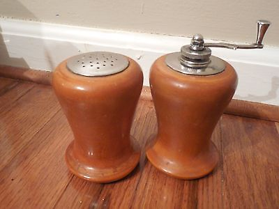 Regal Wood Salt Shaker   Pepper Grinder