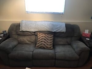 3 seat sofa with reclining seats