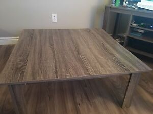 3 pc COFFEE TABLE AND SIDE TABLES SET