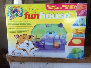 Critter FunHouse hamster cage - deluxe bungalow