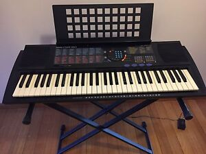 Yamaha Keyboard and Stand Clifton Hill Yarra Area Preview