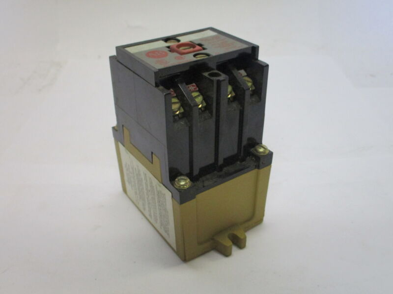 Allen-Bradley 700-PH200B11 Series B Direct Drive Master Control AC Relay Type PK