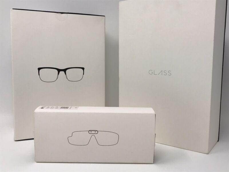 BUNDLE, STUNNING CONDITION!  Google Glass Explorer Edition (Shale) & Accessories