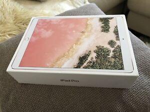 "iPad Pro 2 10.5"" 256gb cellular"