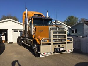 2007 Western Star 4900FA  with C15 Cat