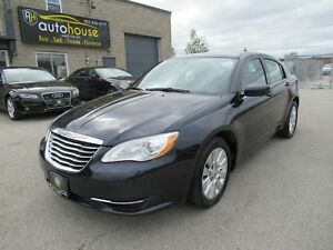 2012 Chrysler 200 LX VERY LOW MILEAGE, SIRIUS XM, NO ACCIDENT...