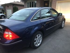 SAFETIED - 2005 Ford 500 only 95,500km!!!