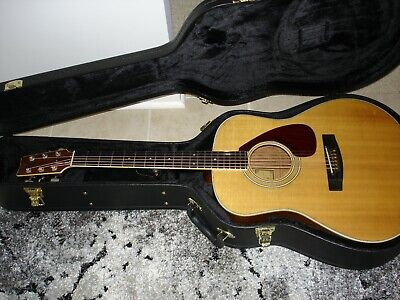 Yamaha FG-580 acoustic guitar with new HSC