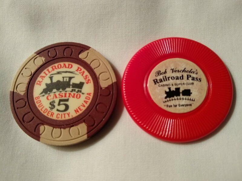 $5.oo Railroad Pass casino chips - brown horseshoe mold + Bolder City, NV lot