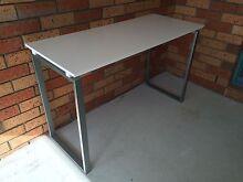 White Desk- excellent condition Merrimac Gold Coast City Preview