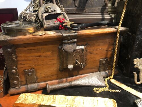 TREASURE CHEST SPAIN 1700'S PIRATE GOLD COINS TREASURE ARTIFACT w/ COA JEWELRY