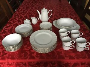 Fine China 8 Place Setting