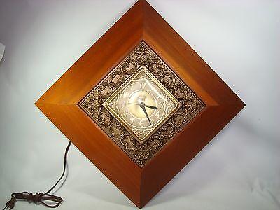 Mid Century Wall Clock Modern Harben Model 30 Electric