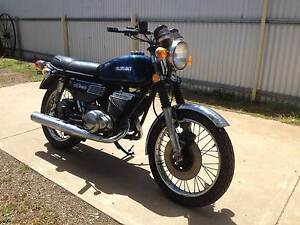 1975 SUZUKI GT250 Crystal Brook Port Pirie City Preview