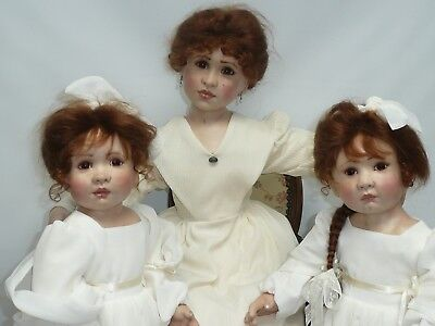 """23"""" Family Portrait by English Artist Linda Murray, Sisters are 23"""" & 29"""" Mother"""