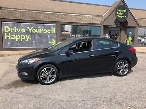 2016 Kia Forte EX / SUNROOF / ALLOY RIMS / BACK UP CAM/ BLUTOOTH