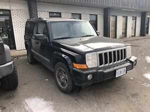 Hemi Jeep Commander Near perfect and Runs well