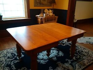 Solid Maple Table Stratford Kitchener Area image 2