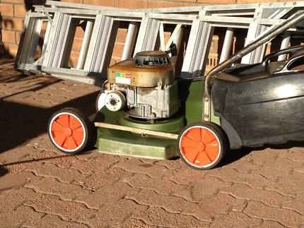 Lawn Mower Scott Bonnar Flagstaff Hill Morphett Vale Area Preview