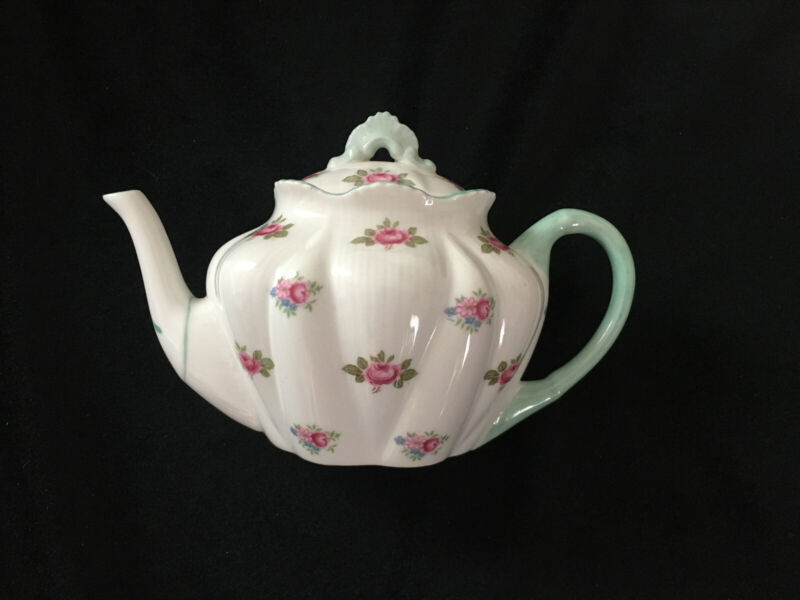 "*RARE* Shelley DAINTY ""ROSEBUD"" MINIATURE TEAPOT* *MINI TEA POT*"