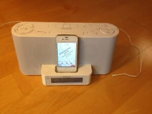 iHome includes iPod loaded with over 7000 songs