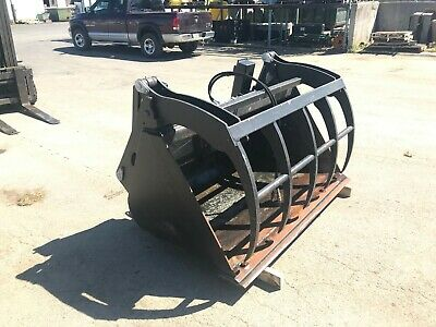 64 Inch Bucket With Grapple