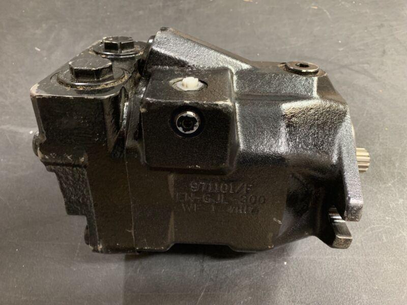 REXROTH ~ Hydraulic Motor  R902401159 ~ VUC66N000 -S1207 ~ JLG 3160204 ~~~~~ NEW