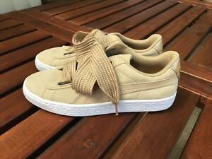 7c7e94d9255fdc Puma Suede Basket Heart Sneakers in Safari - Size US 7