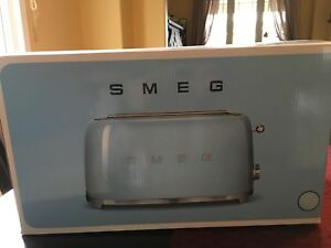 NEW PRICE! SMEG 4 Slice Toaster in Pastel Blue
