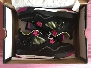 "VNDS AIR JORDAN RETRO 4 ""GOBLIN"" & MORE!!! (SWIPE>>>>>>)"