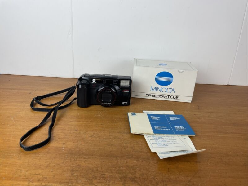 Minolta Freedom Tele Zoom 35mm AF Multibeam Point & Shoot Film Camera 38-80mm