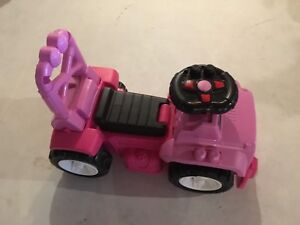 Ride on Pink Jeep