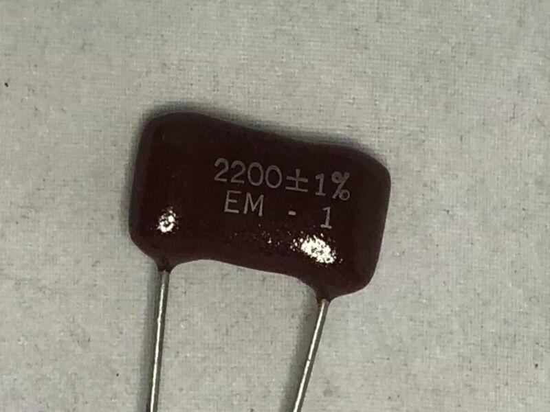 NOS 100 lot Elmenco Silver Mica precision 1% capacitor dipped brown drop 2200 pf
