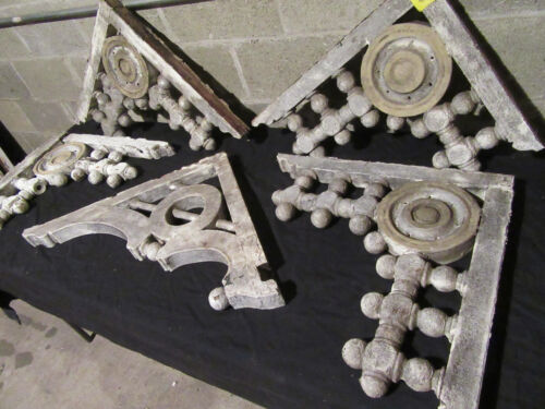 ~ 5 ANTIQUE GINGERBREAD PORCH BRACKETS CORBELS ~ ARCHITECTURAL SALVAGE