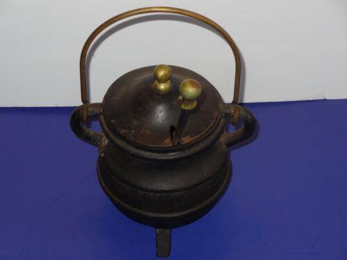 Cast Iron BEE Honey Pot