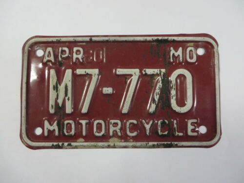 Vintage MISSOURI Motorcycle License Plate Tag #M7-770