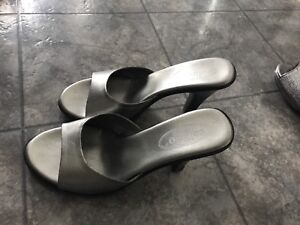 Ladies shoes for sale!