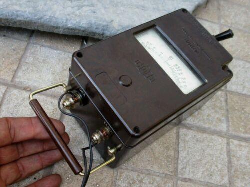 Vintage Nice England Record Minor Insulation Tester megohmmeter Bakelite Crank
