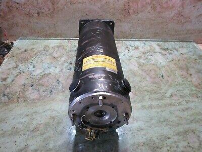 Fanuc Dc Servo Motor Model 30m A06b-0653-b212 00062500m No Encoder