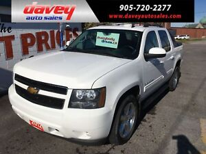 2012 Chevrolet Avalanche 1500 LT CREW CAB, 4X4, TOW PACKAGE