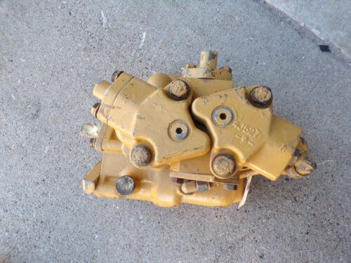 Caterpillar 637D 637 D  Tractor 3J-4605 3J4605 Hydraulic Valve Control Body