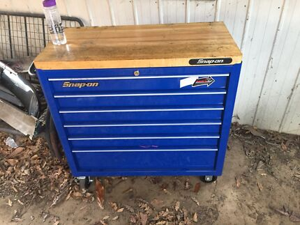 Snap on blue point tool box
